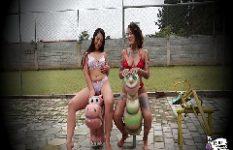 Nina Forbidden e Lis Xxx Lésbicas Safadas Transando  No Meio Do Playground