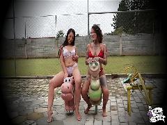 Nina Forbidden e Lis Xxx Lésbicas Safadas Transando  No Ar Livre