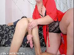 Porno baiano com a coroa gostosa no boquete delicioso na frente da cam